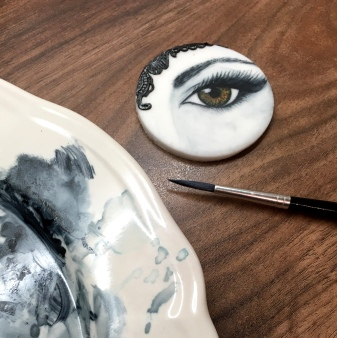 painted-cupcake-eye-once-upon-a-time-sugarbuttons